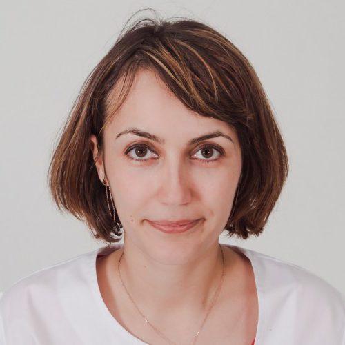 Dr. Petre Ioana